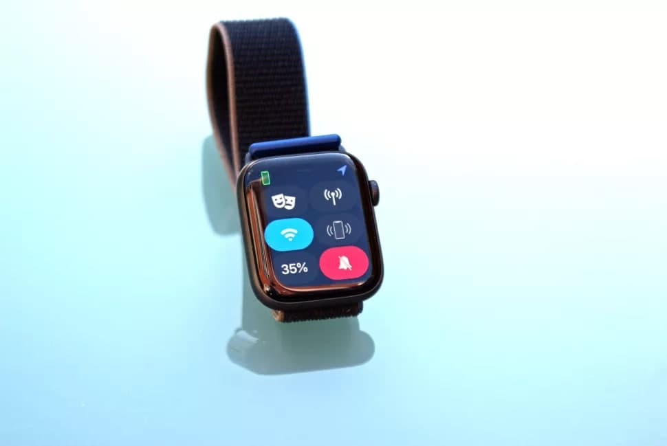 photo 2020 11 29 02 44 27 - Обзор Apple Watch SE