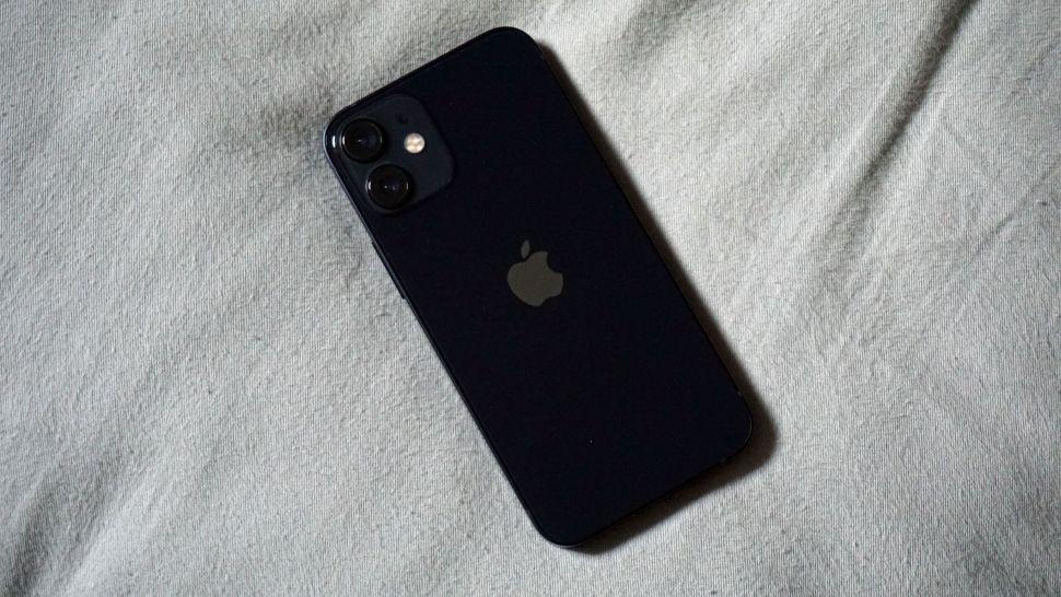 62tnUV3BTUz3jyWN6FVwtj 970 801 - Обзор iPhone 12 mini