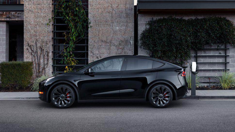 gkYzJHghcH3TASJoAL8VHE 970 801 - Tesla Model X против Tesla Model Y: какой внедорожник Tesla стоит купить?