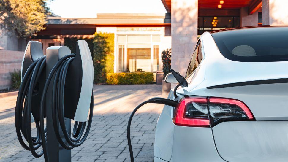 zW9ZeBRv7b8Lk2EUS3oL8N 970 801 - Как зарядить Tesla и использовать Tesla Supercharger