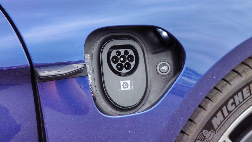 Uv6TQc393KdaX86DCBL6tW 970 801 - Обзор Porsche Taycan 4S: если у вас достаточно глубокие карманы, это превосходный электромобиль