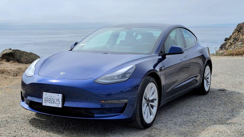 VXc2ZjzWGGKGSLAymgeHZ 1024 801 - Обзор Tesla Model 3 Long Range (2021): Model 3 лучше, чем когда-либо
