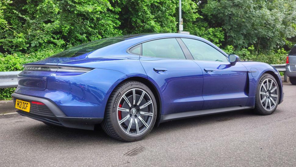XSF4JQbfoYA9QqhbhCBv9X 970 801 - Обзор Porsche Taycan 4S: если у вас достаточно глубокие карманы, это превосходный электромобиль