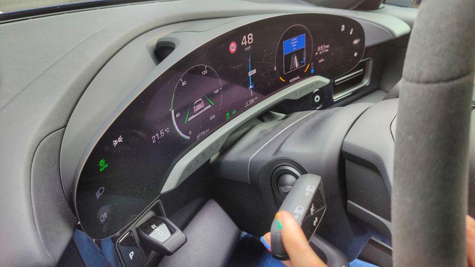 nEgV8STSBqxon4RZ45UGPa 970 801 - Обзор Porsche Taycan 4S: если у вас достаточно глубокие карманы, это превосходный электромобиль