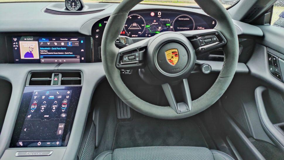wjEiM7KmqQeDPiS4xAztrb 970 801 - Обзор Porsche Taycan 4S: если у вас достаточно глубокие карманы, это превосходный электромобиль